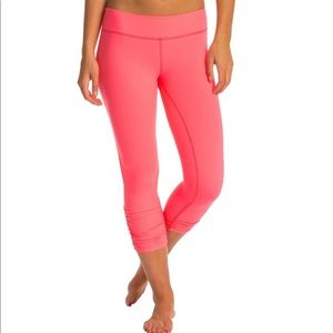 Beyond Yoga Essential Gathered Yoga Capri